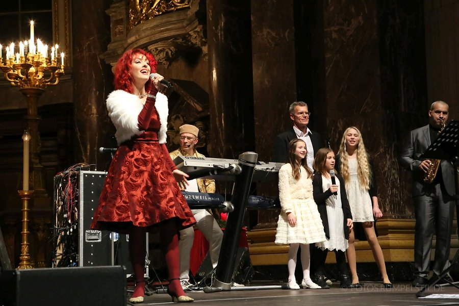 24-Adventkonzert-BerlinerDom-19-12-2015.jpg