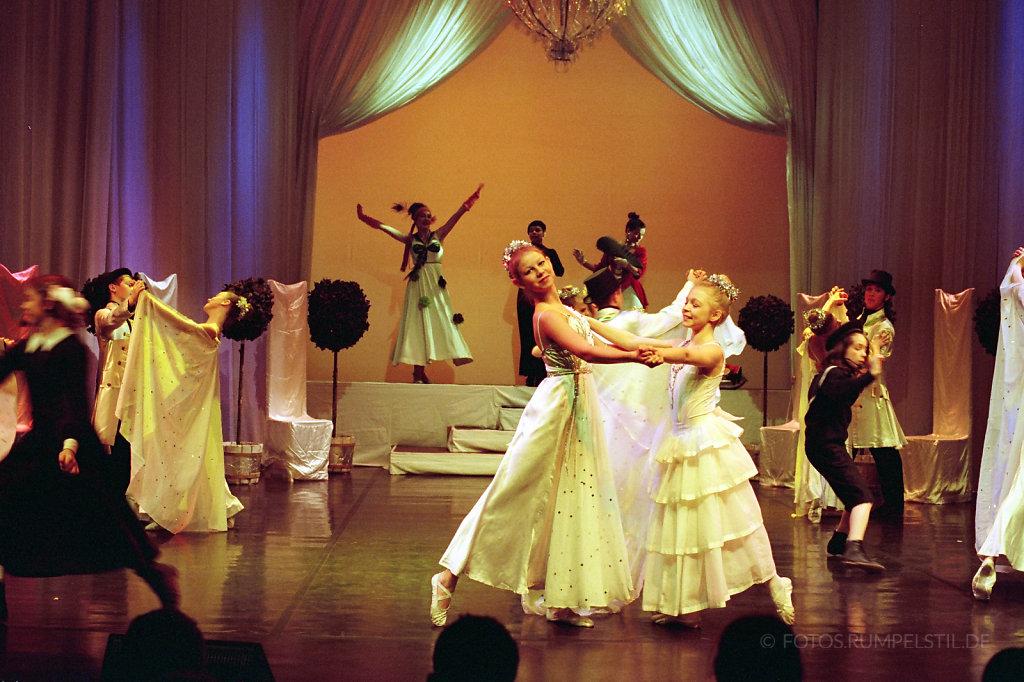 BallettBall07.jpg